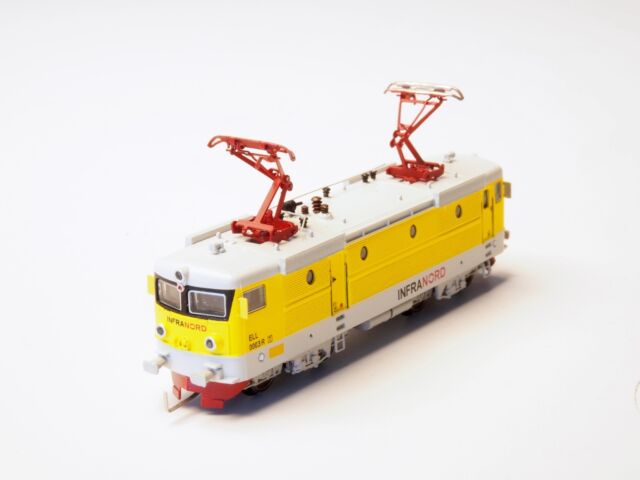 Z-scale Swedish FR SJ RC2 Electric Locomotive, Coreless Freudenreich INFRANORD