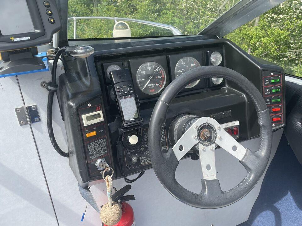 Bayliner 2152 Capri Cuddy, Daycruiser, årg. 1989