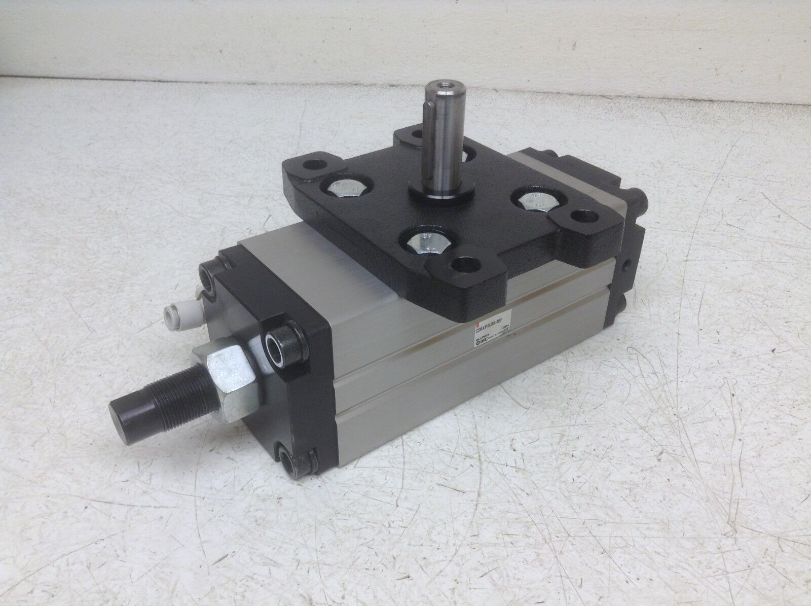 SMC Cdra1fsu80-190 Pneumatic Rotary Actuator CDRA1FSU80190