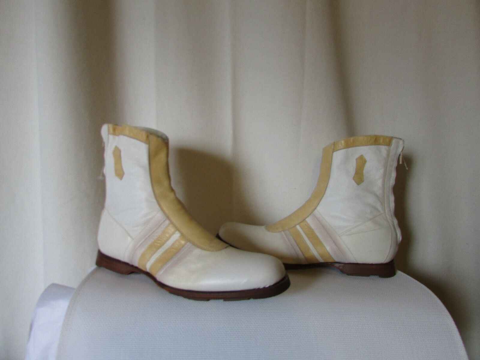 From boots size 41 leather white honey