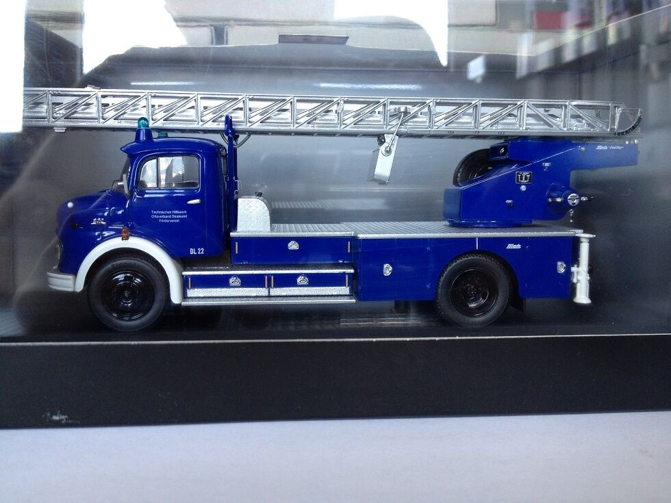 1 43 Schuco Mercedes L 322 THW 03266
