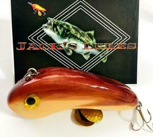 "Lipless Top Water Plug 2.1 Oz Bass Crank Lure Rattles Red Cedar 4.25"" Spinners"