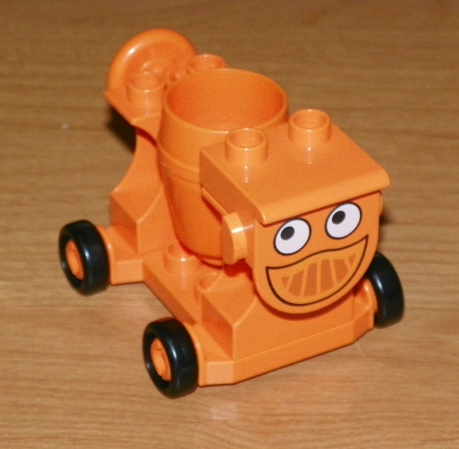 LEGO - Duplo Cement Mixer 'Dizzy' - Complete Assembly