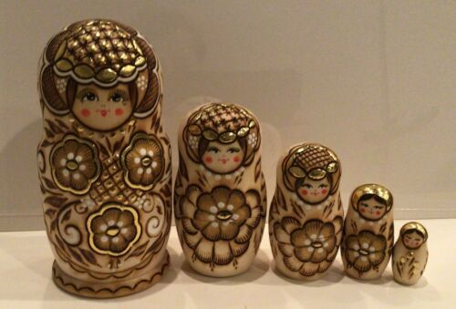 """RUSSIAN NESTING DOLLS 5 NATURAL WOOD BURNED 7/""""Hand Painted Gold Trim"""