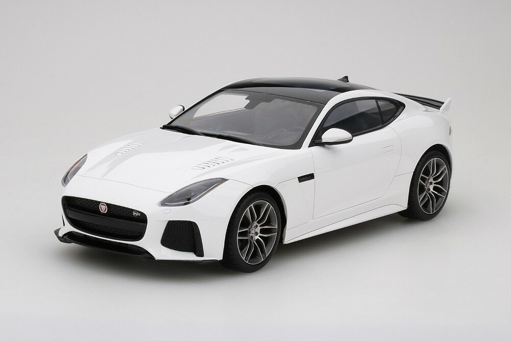 Jaguar F-TYPE SVR  in Glacier White White White 1 18 Scale by Topspeed 90c0f7