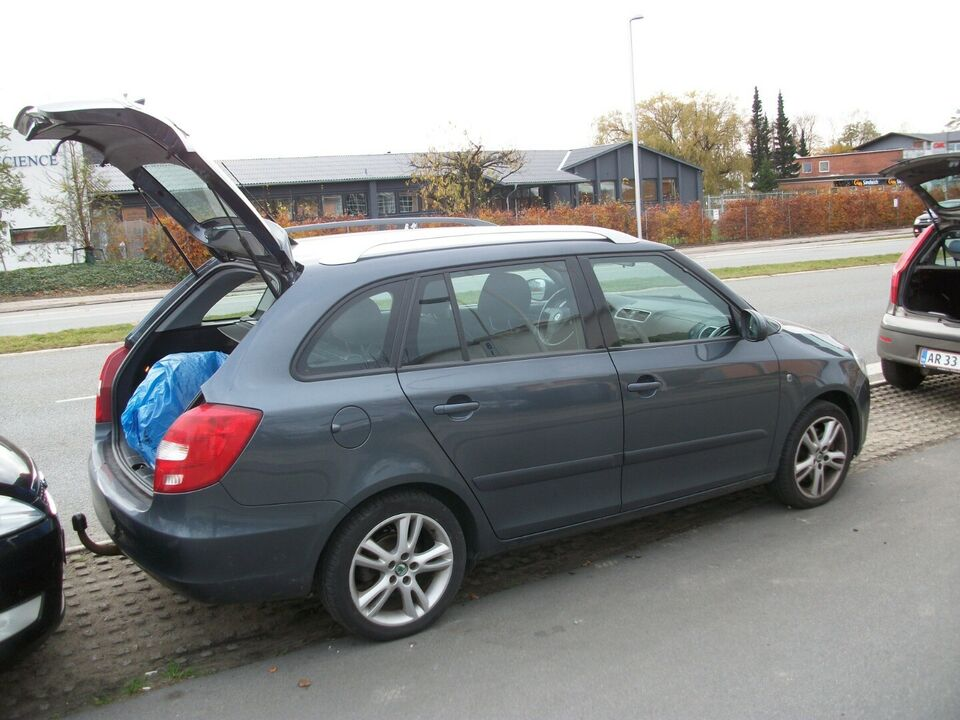 Skoda Fabia 1,9 TDi Sport Combi Diesel modelår 2009 km