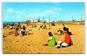 Vintage-Picture-Postcard-St-Osyth-Essex-The-Beach