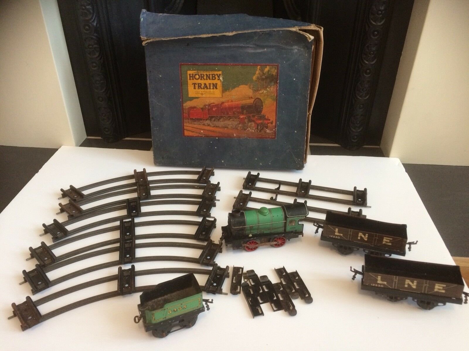Hornby Meccano O Gauge LNE Clockwork Vintage Train Set