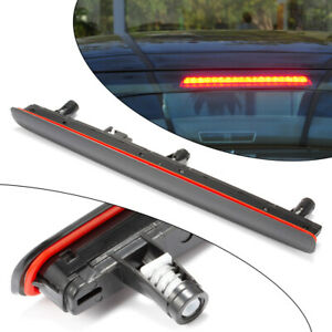 Dritte-LED-Bremsleuchte-Bremslicht-Stoplampe-Auto-fuer-VW-T5-Transporter-T5-03-15