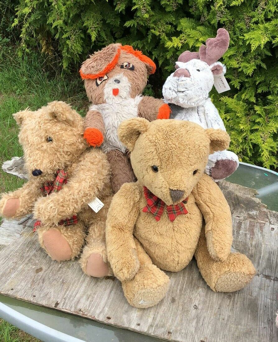 A Vintage Collection of Soft Cuddly Teddy Bears & a Reindeer