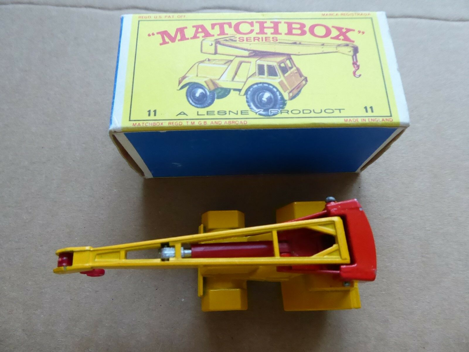 MATCHBOX NUMBER 11 - JUMBO CRANE - ORIGINAL - IN SUPERB CONDITION - WITH BOX