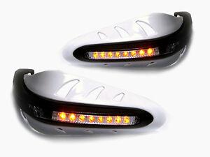 Blanc-Motorrbike-Protege-mains-avec-LED-Clignotants-pour-Suzuki-GSF-650-1250