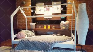 hausbett kinderhaus bett f r kinder kinderbett spielbett sicherheitbarrieren ebay. Black Bedroom Furniture Sets. Home Design Ideas