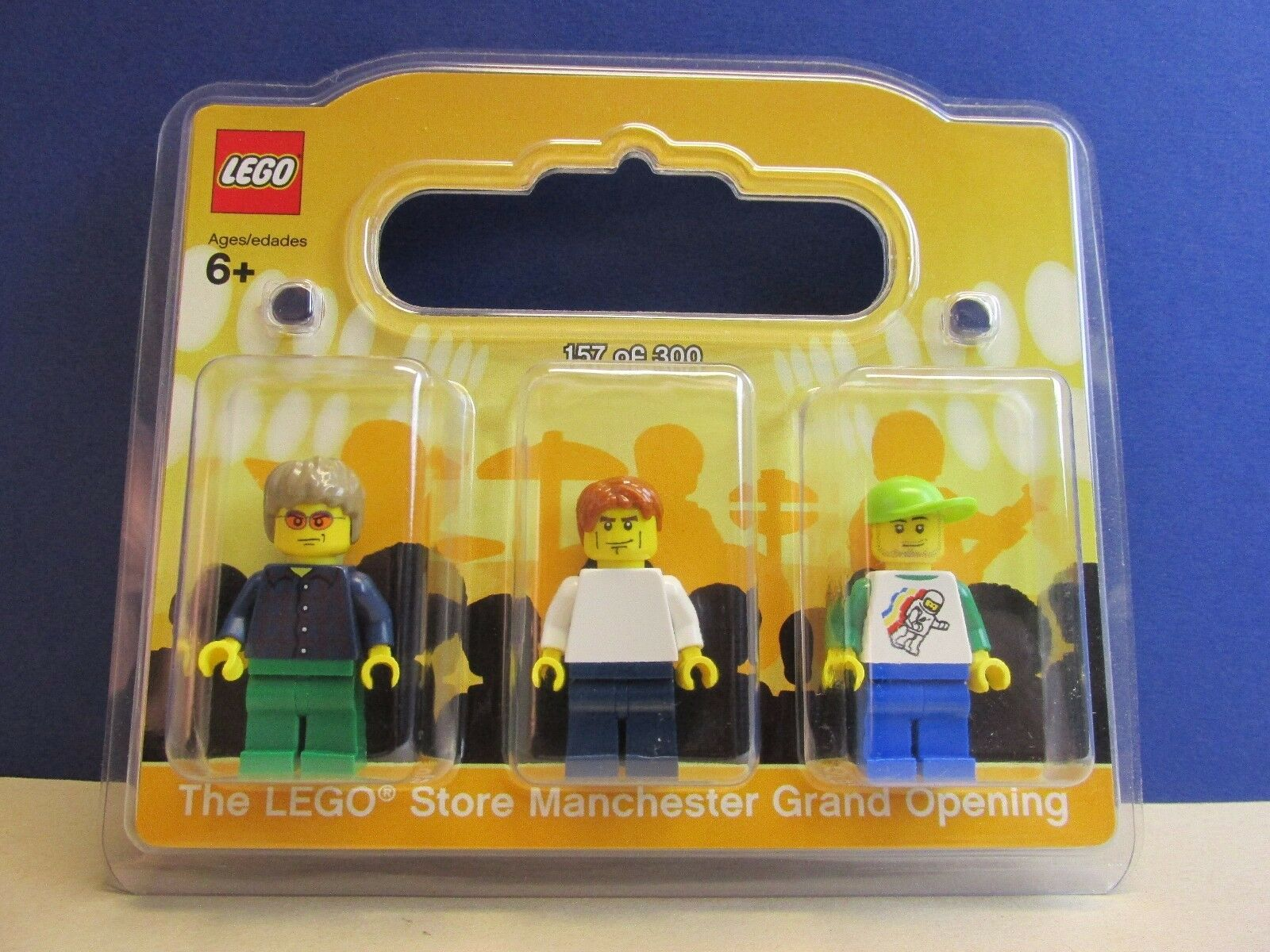Lego OASIS NOEL LIAM GALLAGHER minifigure MANCHESTER STORE rare like mr gold 157