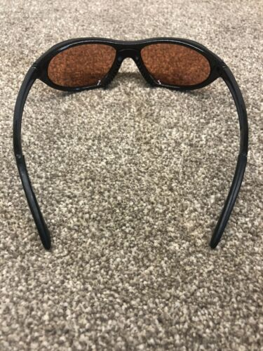 Sunglasses Black With Copper Metallic Effect Finish UV400 Protection /& Case