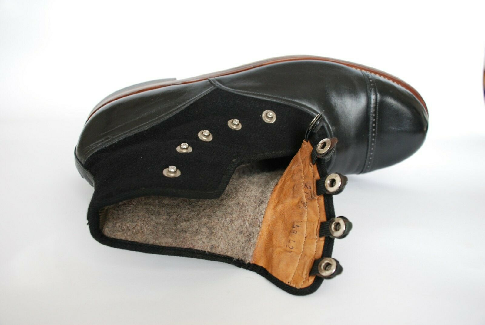 STUNNING PAIR OF ORIGINAL 1930S BLACK LEATHER AND… - image 9