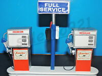 Sinclair Service Station Gas Pump Island(ready To Display) 1:18-1:24 Scale Nwb