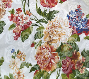 VICTORIAN-CHINTZ-PRINT-FLORAL-DAMASK-IVORY-POLY-COTTON-FABRIC-60-034-By-the-Yard