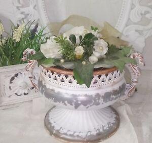 Pokal-Vase-Amphore-Metall-weiss-Antik-Shabby-Vintage-Landhaus-Garten-Deko-20cm
