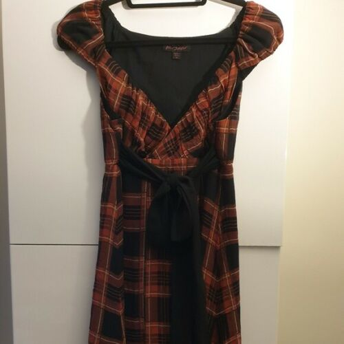 BETSEY JOHNSON Red & Black Plaid Silk Wrap Dress