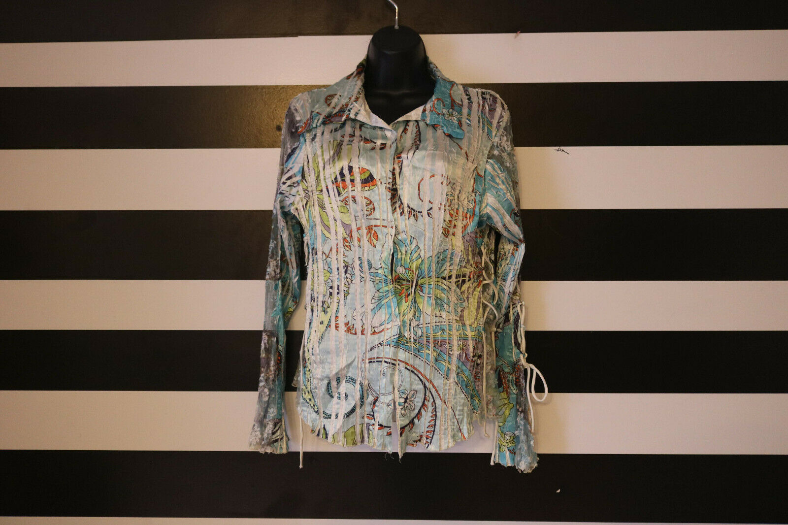 Komarov Woherren Crinkle Button Shirt Top Floral Paisley Bell Sleeve Blau Größe M