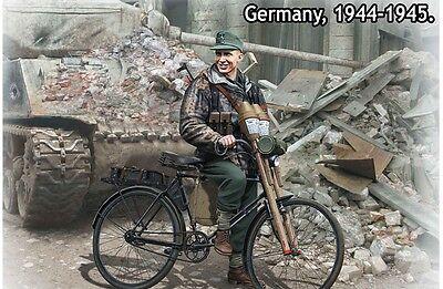 ***NEW*** VOLKSSTURM. TANK HUNTER. GERMANY, 1944-1945  1/35 MASTER BOX 35179