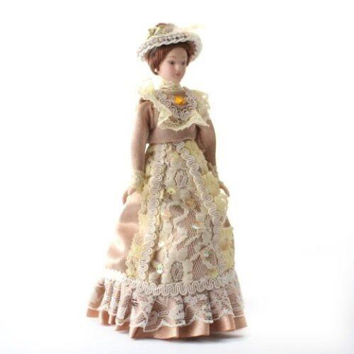 maison de poupées miniature échelle 1.12 PORCELAINE VICTORIAN LADY en Beige Robe /& Chapeau