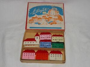 Modellbau Sonstige Kleine Spielzeugstadt In Original Spielzeugschachtel SchüTtelfrost Und Schmerzen Temperamentvoll Liliput