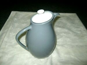 A-Vintage-1950-039-s-Retro-Australian-Diana-Pottery-Grey-Lidded-Pitcher-Water-Jug