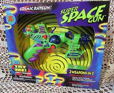 Super Space Gun Trendmasters #30906 NOS 1997 COSMIC RAYGUN & Missile Launcher