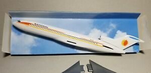 CMD-MODELS-NATIONAL-AIRLINES-727-200-1-200-SCALE-PLASTIC-SNAPFIT-MODEL