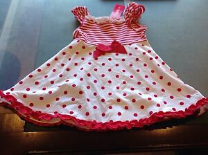 Girls-White-amp-Red-Spotted-Dress-Size-1-New-with-tags