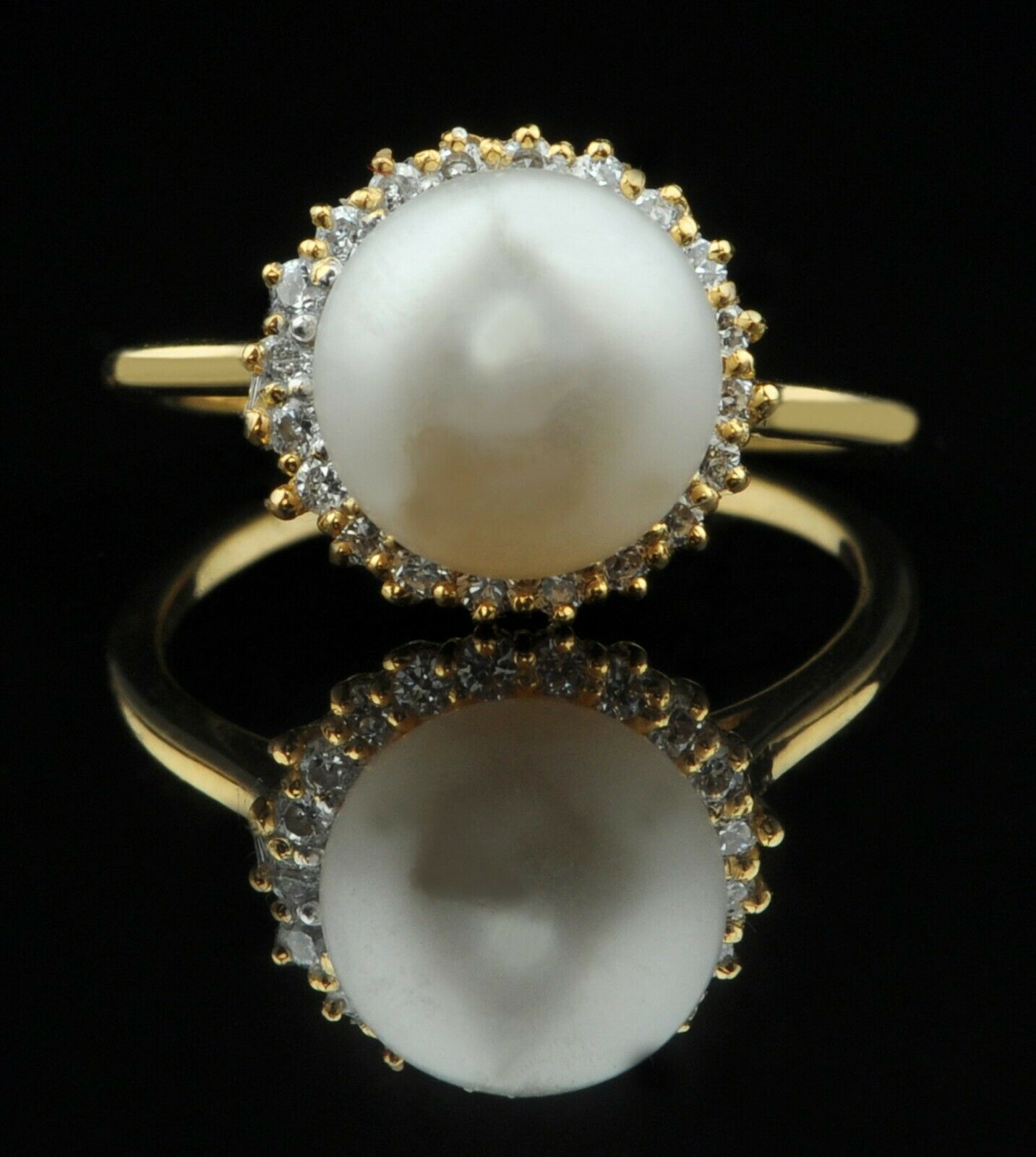 14KT Yellow gold Natural Freshwater Pearl 4.05Ct EGL Certified Diamond Ring