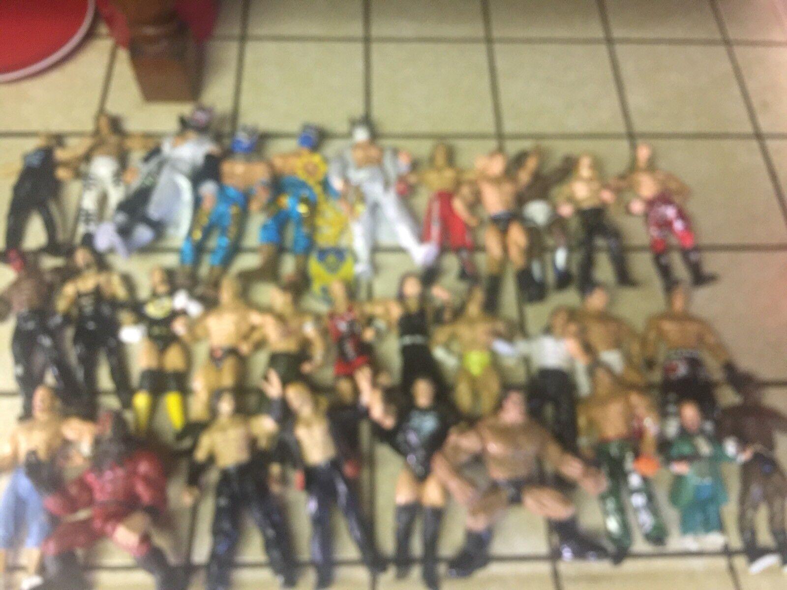 Huge Lot Of Wrestling  31 Figures