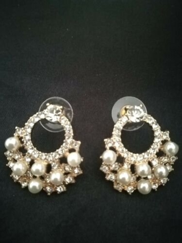 Quality Crystal and Pearl Stud  Earrings