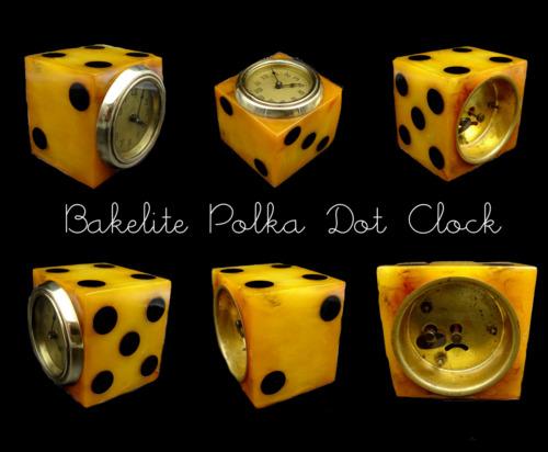"""Bakelite Polka Dot Wind Up """"Dice"""" Clock – 1940's"""