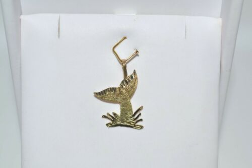 NEW 14K SOLID YELLOW GOLD WHALE TAIL SPLASH LASER CUT CHARM PENDANT