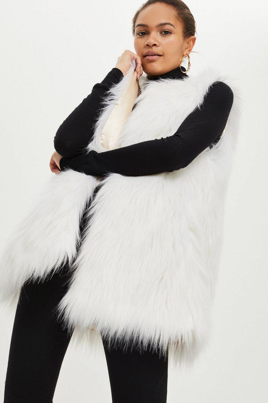 BNWT TOPSHOP  White Faux Fur Gilet by SHACI UK size XS