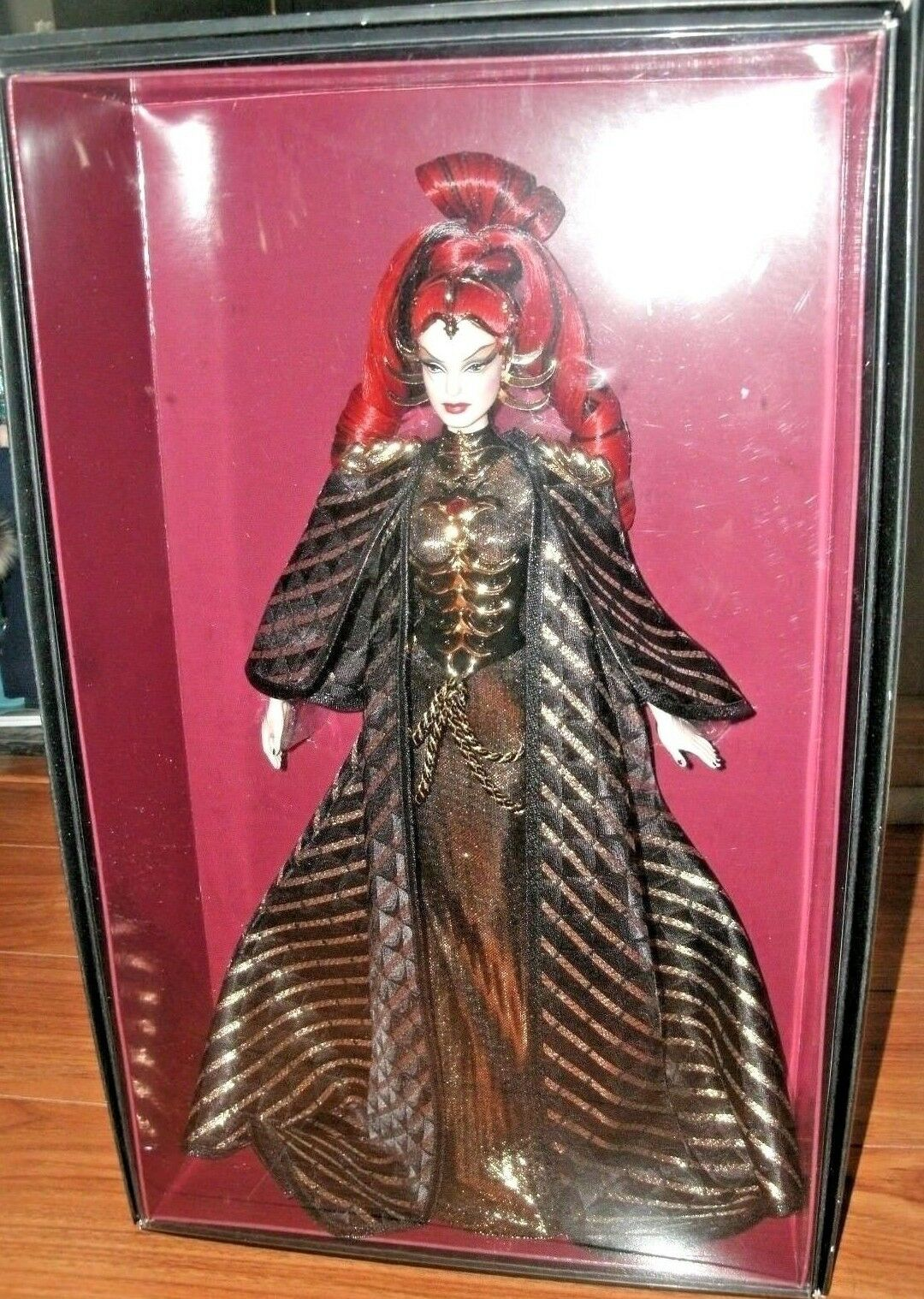 BARBIE regina OF THE THE THE CONSTELLATIONS NRFB - oro LABEL nuovo bambola modellolo muse Mattel 5d4361