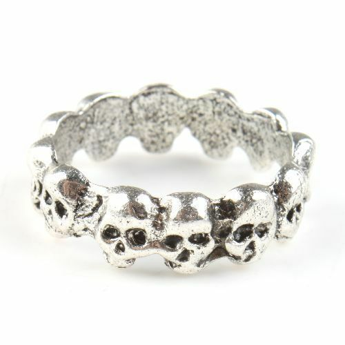 Ideal Little Gift Silver Coloured Skull Design Scarf Ring Woggle