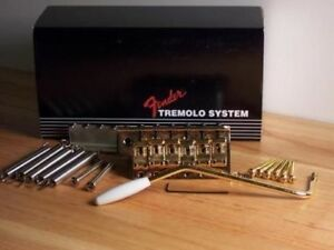 GENUINE FENDER STRAT USA VINTAGE /'57 /'62 TREMOLO BRIDGE