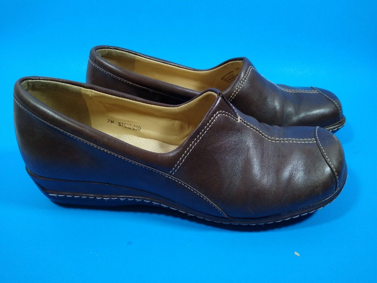 Soft Walk Women's Brown Leather Slip On S7502 Comfort Shoe size 7