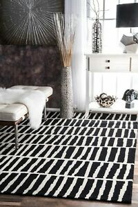 nuLOOM-Handmade-Contemporary-Modern-Geometric-Wool-Area-Rug-in-Black-Off-White
