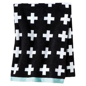 Room Essentials Plus Sign Bath Towel Black White Ebay