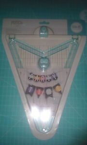 We-R-Memory-Keepers-Banner-Punch-Board-Create-30-sizes-amp-shapes-New