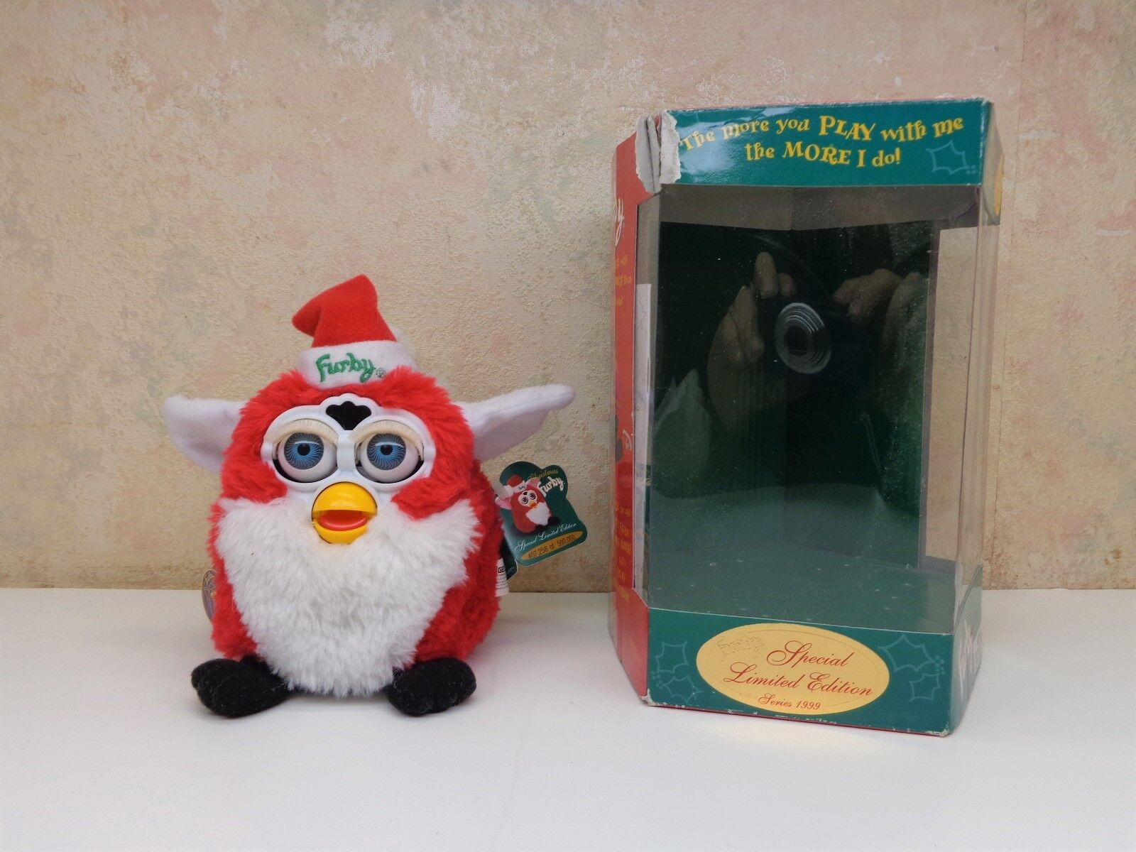 Furby Tiger Special Limited Edition Electronic 1999 Christmas Santa Claus w Tags