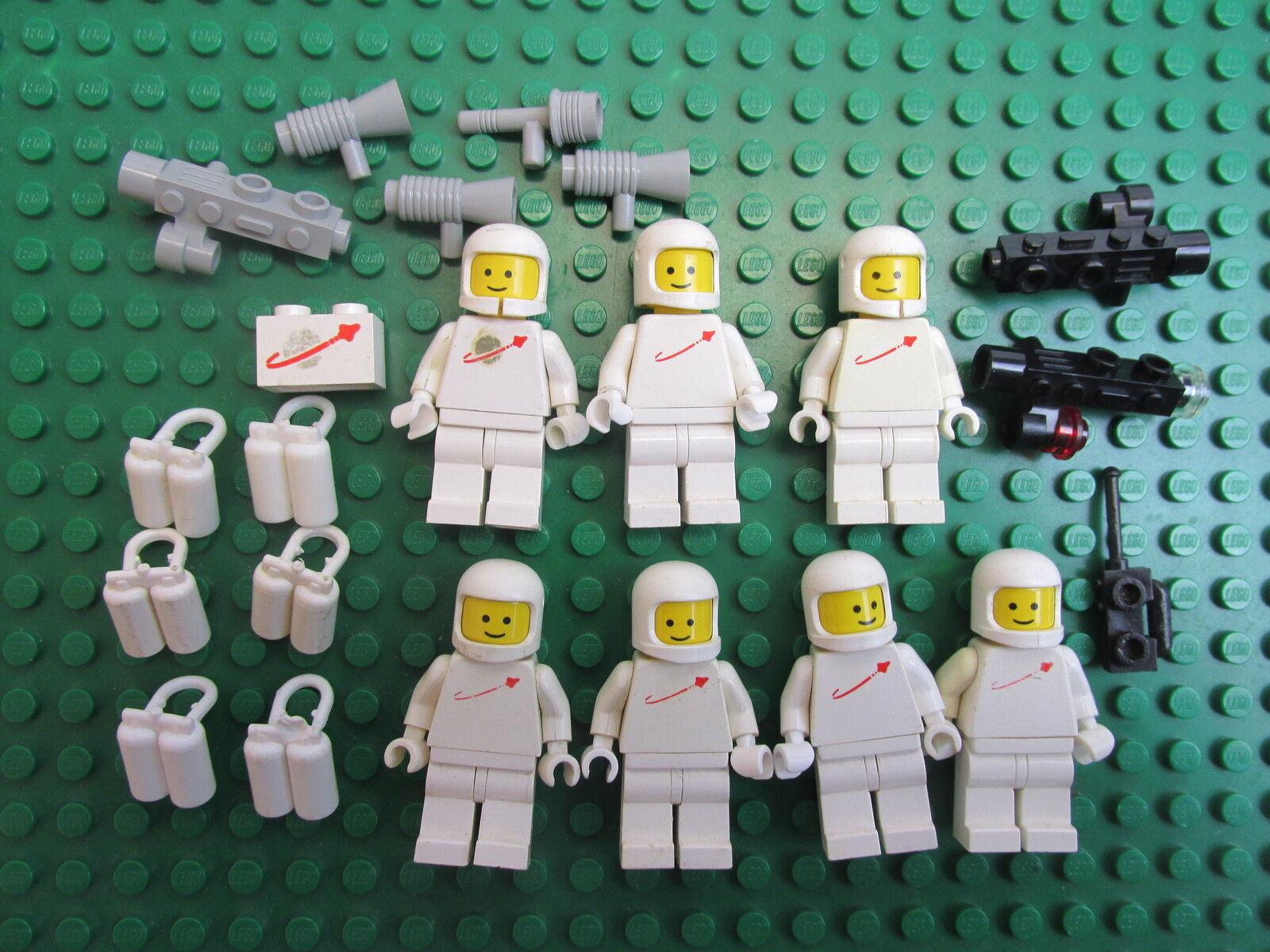 Genuine LEGO vintage SPACEMAN WHITE minifigure RARE RETRO FIGURE LOT SET 277