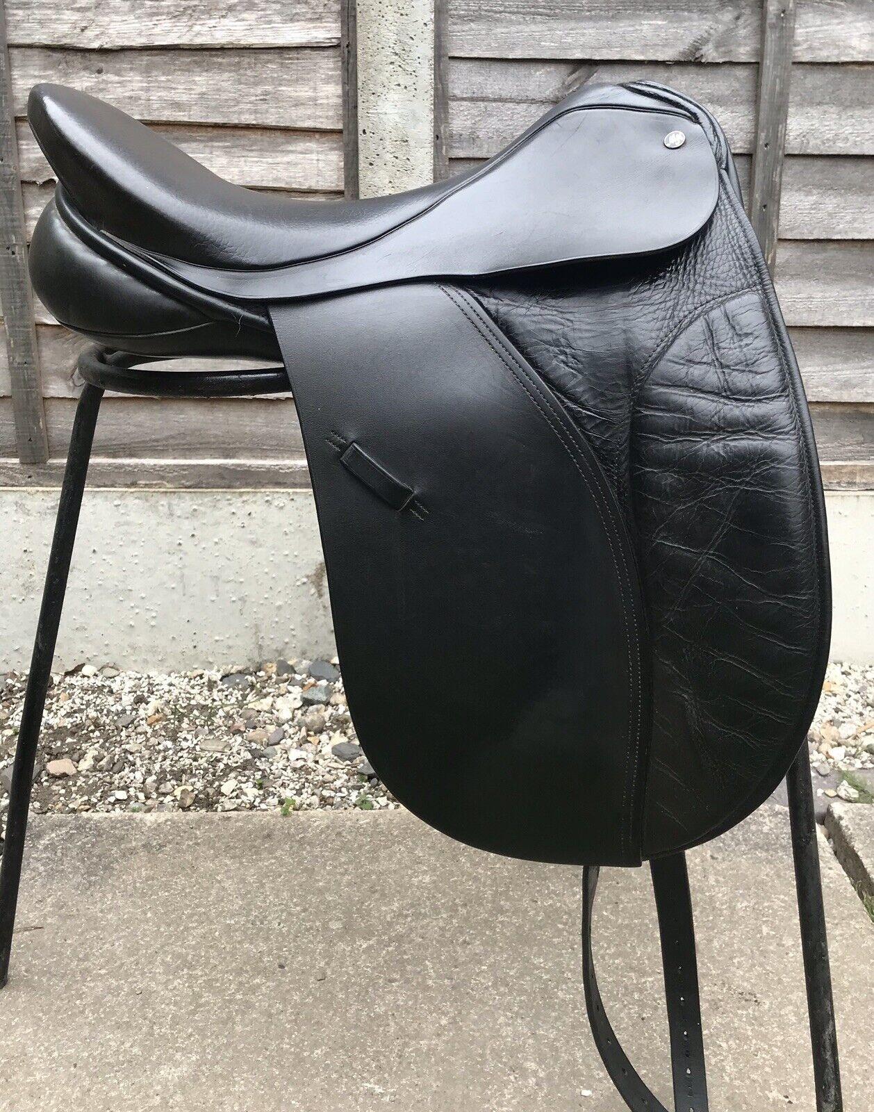 18 nero Morris & Nolan inglese Leather dressage sella Medium Wide