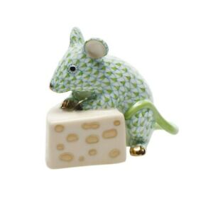 HEREND MOUSE WITH CHEESE FIGURINE RASPBERRY FISHNET FLAWLESS