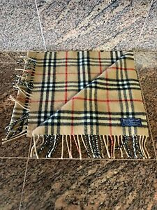 228537a72efb3 Burberry 100% Lambswool 57
